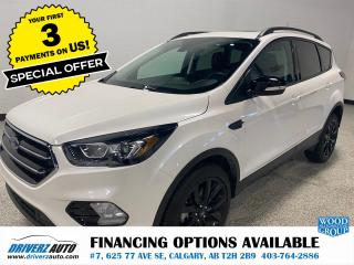 Used 2019 Ford Escape Titanium PARK ASSIST, PANORAMIC ROOF.. for sale in Calgary, AB