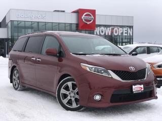 Used 2017 Toyota Sienna SE 8 Passenger LEATHER, HEATED SEATS, REVERSE CAMERA for sale in Midland, ON