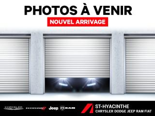 Used 2013 Dodge Grand Caravan Familiale / SXT / STOW N GO for sale in St-Hyacinthe, QC