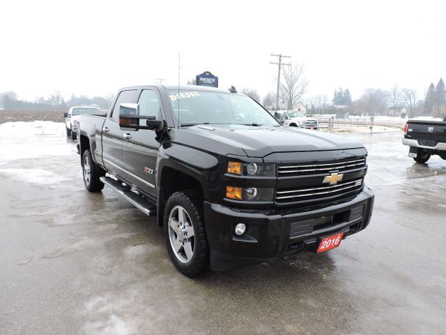2016 Chevrolet Silverado 2500 LT. Diesel. 4X4. Loaded. One owner. Only 64000 km