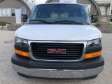 Photo of White 2018 GMC Savana