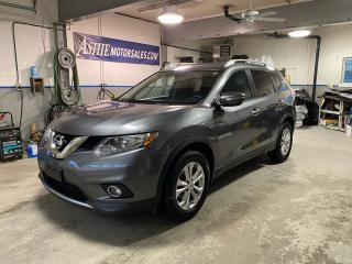 Used 2015 Nissan Rogue FWD 4dr SV for sale in Kingston, ON