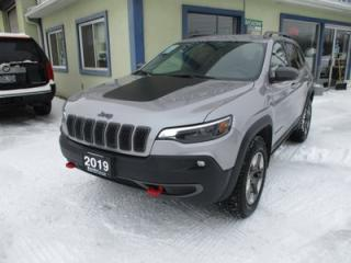 Used 2019 Jeep Cherokee LOADED TRAIL-HAWK EDITION 5 PASSENGER 3.2L - V6.. TRAIL-RATED 4X4.. NAVIGATION.. LEATHER.. HEATED SEATS.. BACK-UP CAMERA.. BLUETOOTH SYSTEM.. for sale in Bradford, ON