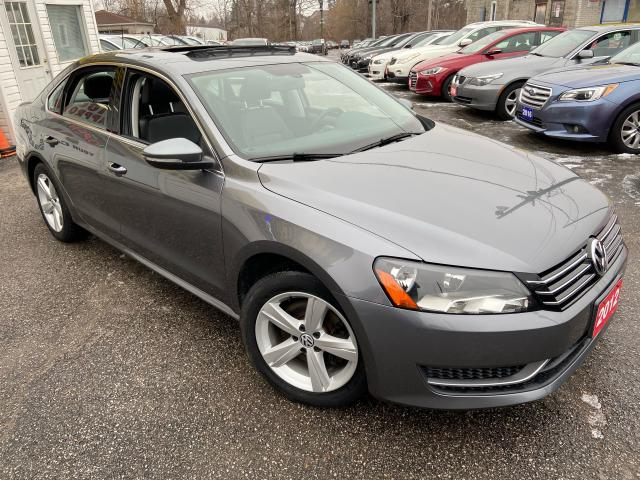 2012 Volkswagen Passat 2.5L/ AUTO/ LEATHER/ SUNROOF/ ALLOYS/ LOADED!