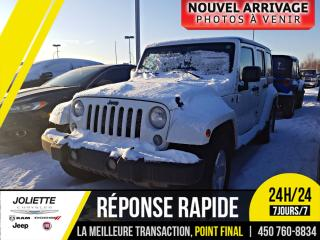 Used 2014 Jeep Wrangler Unlimited Sahara, ENS. 2 TOITS, NAVIGATION, DÉMARR for sale in Joliette, QC