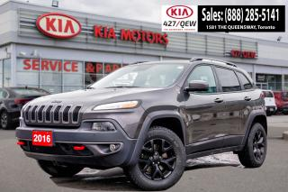 Used 2016 Jeep Cherokee TRAILHAWK AWD | LEATHER | PANORAMIC ROOF for sale in Etobicoke, ON