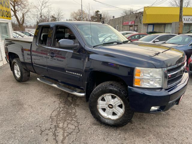 2008 Chevrolet Silverado 1500 LTZ/ 4X4/ LEATHER/ EXT CAB/ ALLOYS/ PWR SEAT + +