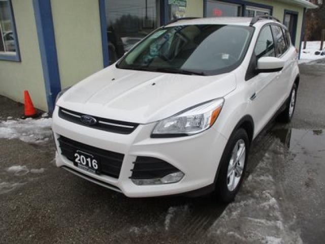 2016 Ford Escape FOUR-WHEEL DRIVE SE EDITION 5 PASSENGER 2.0L - ECO-BOOST.. HEATED SEATS.. NAVIGATION.. BACK-UP CAMERA.. BLUETOOTH SYSTEM..