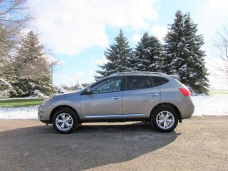 Used 2011 Nissan Rogue SV AWD for sale in Thornton, ON
