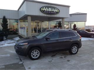 Used 2015 Jeep Cherokee North / 4X4 / HEATED SEATS / NO PAYMENTS FOR 6 MON for sale in Tilbury, ON