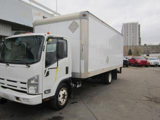 Used 2010 Isuzu NRR 20ft sead door g licence can drive for sale in North York, ON
