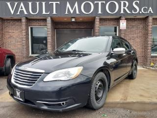 Used 2012 Chrysler 200 KEYLESS ENTRY / HEATED SEATS / LEATHER SEATS / SUNROOF for sale in Brampton, ON