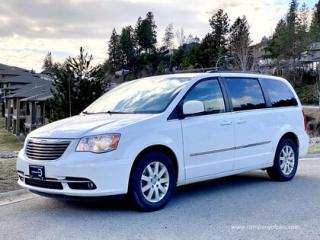 Used 2014 Chrysler Town & Country TOURING for sale in Vancouver, BC