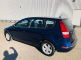 Photo of Vivid Blue Metallic 2012 Hyundai Elantra Touring
