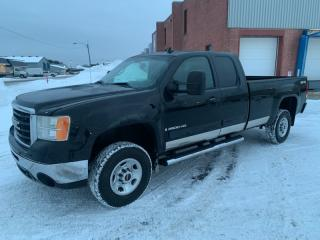Used 2009 GMC Savana 2500 4 RM, Cabine allongée, 143,5 po, WT for sale in Terrebonne, QC