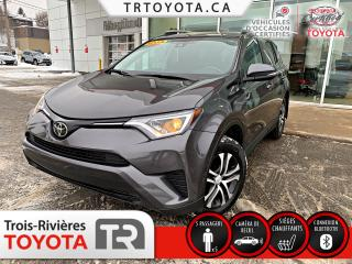 Used 2017 Toyota RAV4 Traction intégrale 4 portes LE for sale in Trois-Rivières, QC