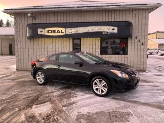 Used 2010 Nissan Altima 2.5S for sale in Mount Brydges, ON