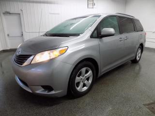 Used 2011 Toyota Sienna LE CAM/BLUETOOTH GARANTIE 36 MOIS !!! for sale in Lachute, QC