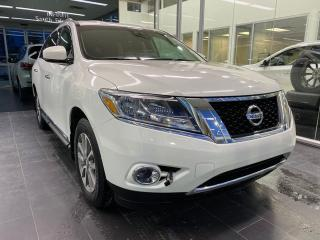 Used 2014 Nissan Pathfinder SL 4WD, POWER HEATED LEATHER SEATS, NAVI, HEATED STEERING WHEEL for sale in Edmonton, AB