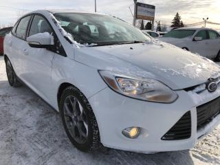 Used 2013 Ford Focus SE Loaded with NAV, Leather and Sunroof! Heated Seats, Bluetooth? Pwr Seat, Pwr Windows, Cruise, Dual Z for sale in Kemptville, ON