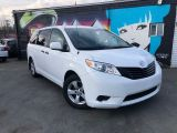 Photo of White 2011 Toyota Sienna