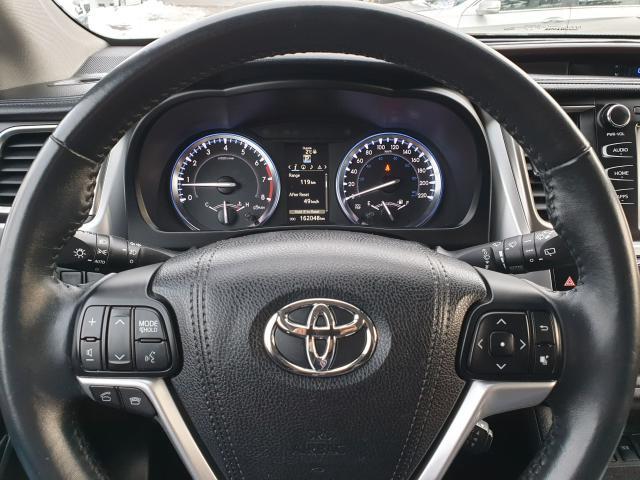 2015 Toyota Highlander XLE Photo16