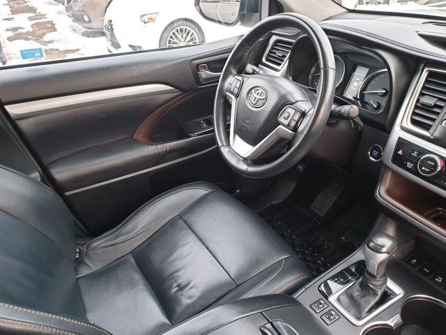 2015 Toyota Highlander XLE Photo24