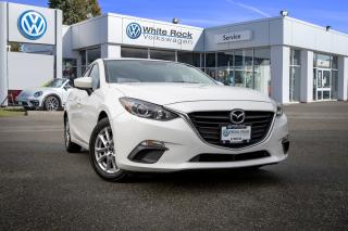 Used 2014 Mazda MAZDA3 GS-SKY <b>*BLUETOOTH* *BACK UP CAMERA* *HEATED SEATS* *PERFECT COMMUTER* for sale in Surrey, BC