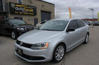 Used 2011 Volkswagen Jetta Sedan MANUEL/2.0/TINTED WINDOWS/ACCIDENT FREE /WINTER TIRES /ALLOY for sale in Newmarket, ON