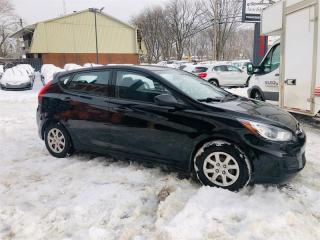 Used 2013 Hyundai Accent 1.6L-Air-Mags-Sieges Chauffant-Groupe Electrique for sale in Laval, QC