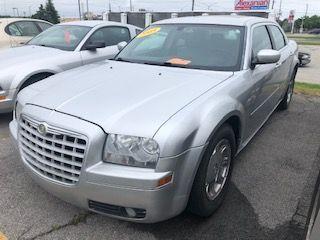 Used 2005 Chrysler 300 300 for sale in Burlington, ON