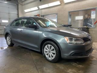 Used 2013 Volkswagen Jetta 4dr 2.0L Auto Trendline+ for sale in St-Constant, QC