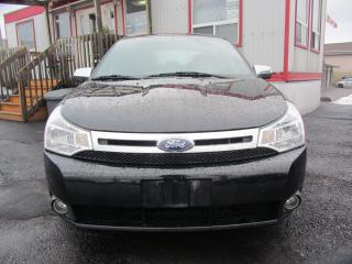 Used 2010 Ford Focus SEL for sale in Hamilton, ON