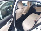 2012 Lexus CT 200h Premium FWD Photo42