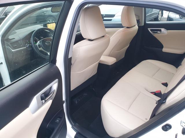 2012 Lexus CT 200h Premium FWD Photo10