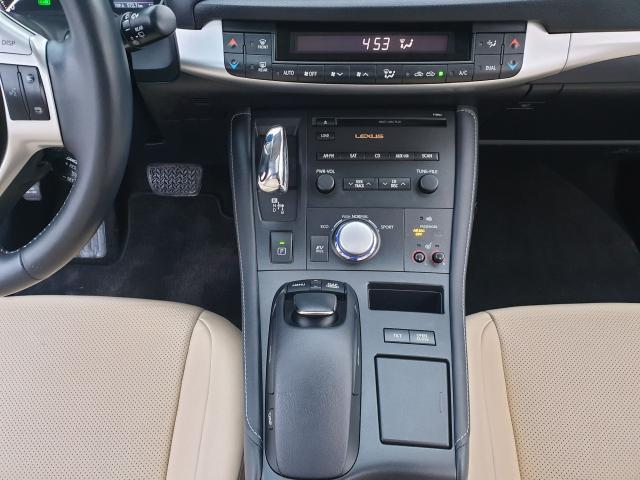 2012 Lexus CT 200h Premium FWD Photo14