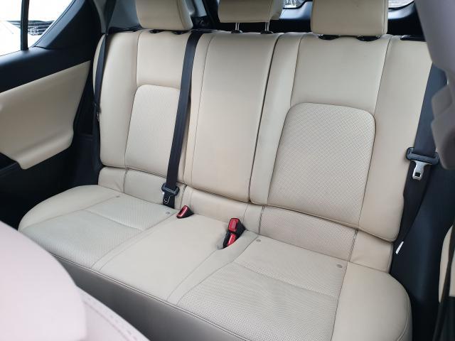 2012 Lexus CT 200h Premium FWD Photo24