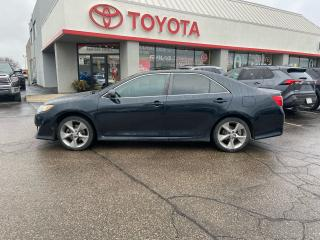 Used 2012 Toyota Camry SE, HEATED SEATS, NAVIGATION for sale in Cambridge, ON