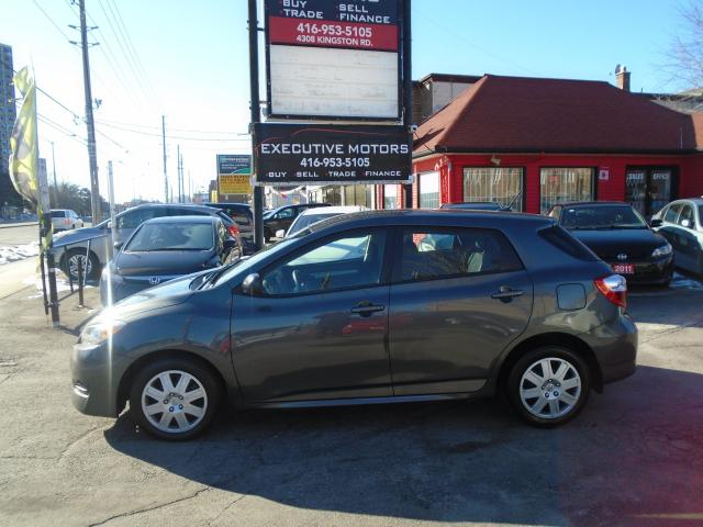 2013 Toyota Matrix MINT CONDITION / LOW KM / CERTIFIED / FUEL SAVER