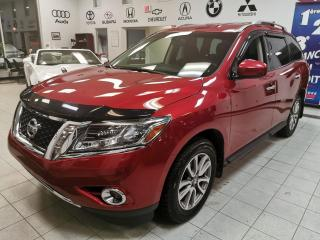 Used 2015 Nissan Pathfinder SV/ CAMERA RECUL / SIEGE CHAUFFANT / 7 P for sale in Sherbrooke, QC