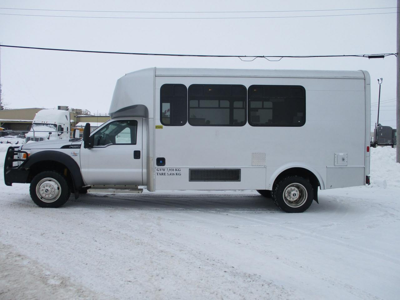 2011 Ford F-550 4x4 pass. bus
