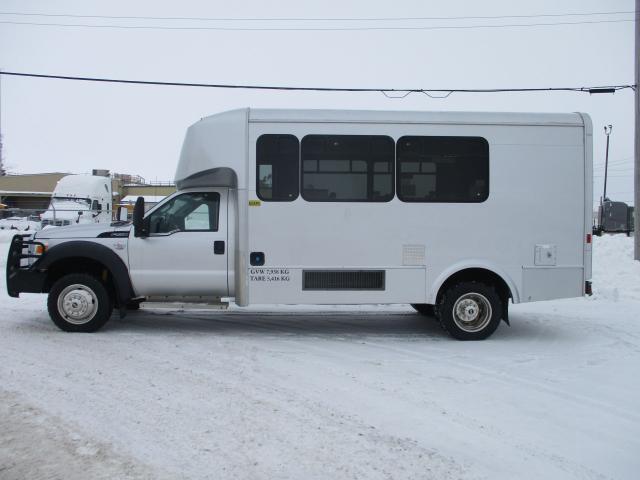 2011 Ford F-550 4x4 Passenger Bus
