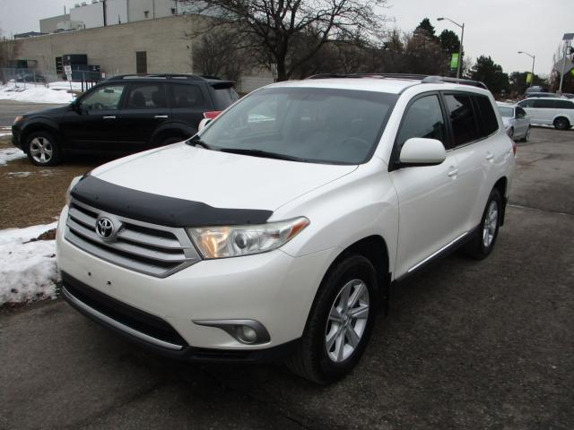 2013 Toyota Highlander ~BACK UP CAM.~7 PASS.~EXTRA CLEAN~POWER GATE~