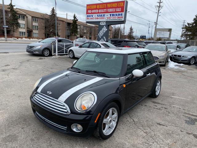 2009 MINI Cooper leather and sunroof hardtop!!!