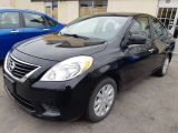 Photo of Black 2013 Nissan Versa