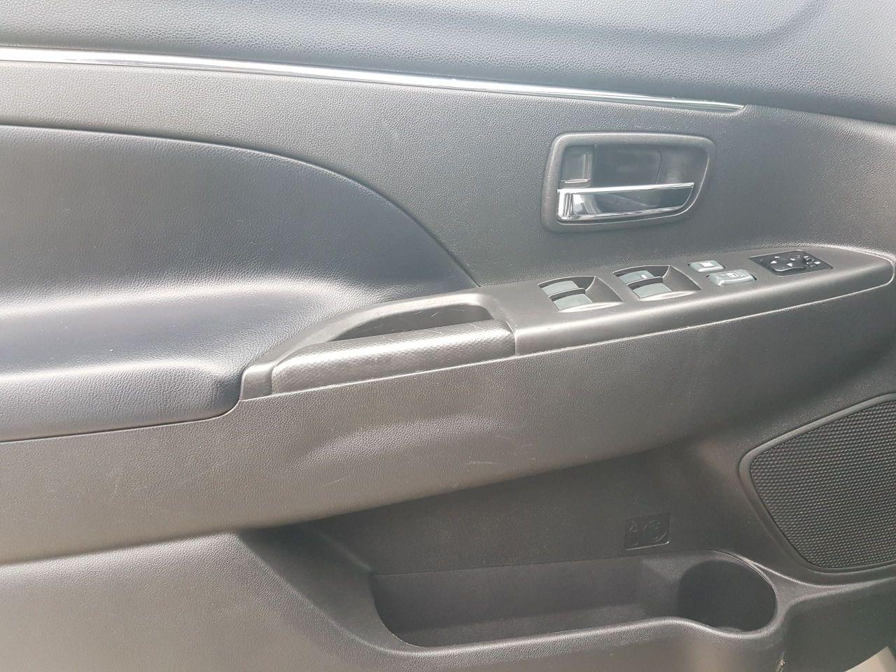 2013 Mitsubishi RVR