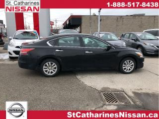Used 2015 Nissan Altima Off Lease one owner !! for sale in St. Catharines, ON