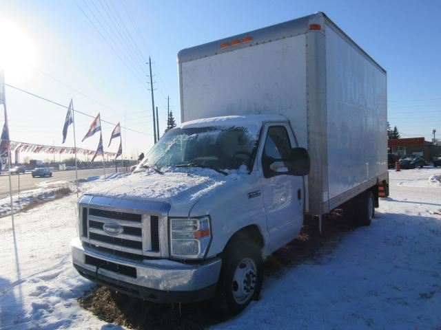 2010 Ford E450 SUPER DUTY HYDRAULIC LIFT  DIESEL
