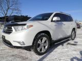 Photo of White 2013 Toyota Highlander