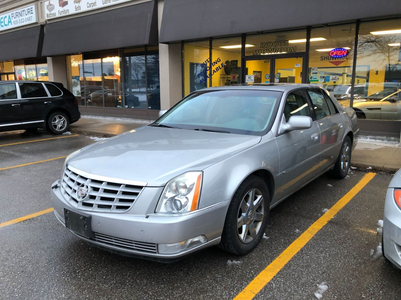 2006 Cadillac DTS Leather, Sunroof, Heated Seats